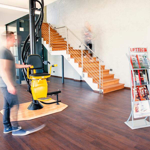 LiftTec Aufzugsanlagen im Showroom